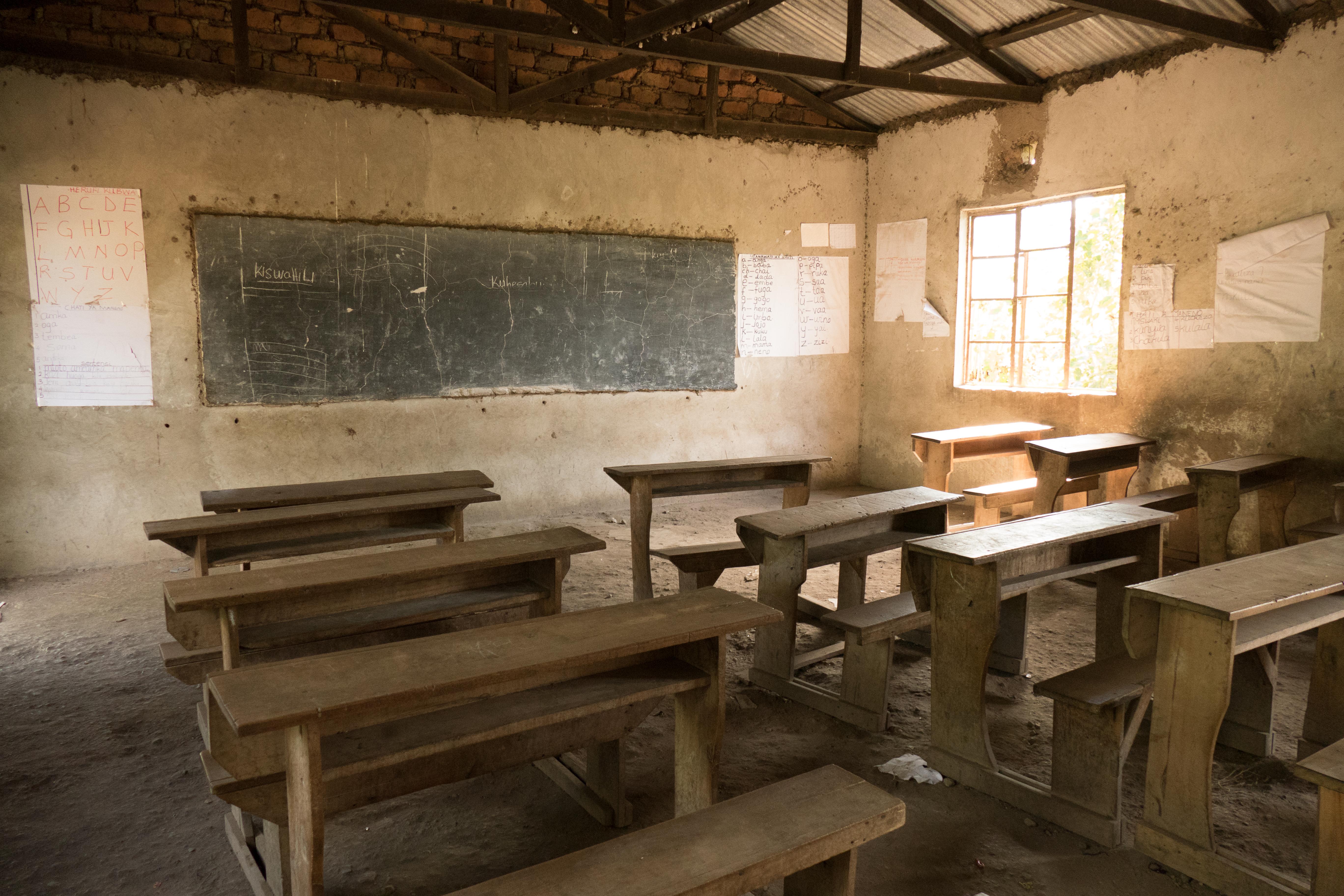 Subsahara-Afrika: Pandemie sinkender Bildungschancen für Mädchen